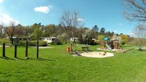 2011-04-15-spielplatz_400